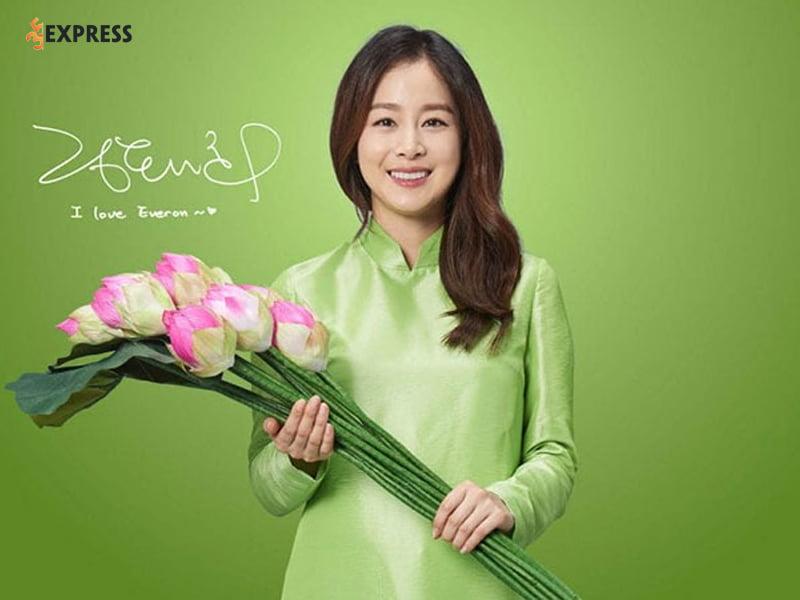Su-nghiep-cua-kim-tae-hee-35express-1