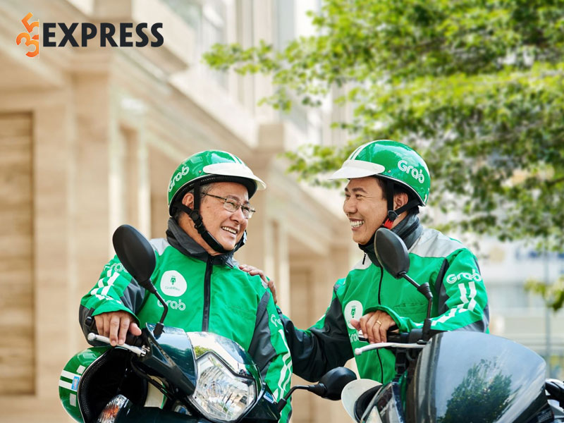 so-hotline-tong-dai-grab-ho-tro-lai-xe-va-khach-hang-24-7-2-35express