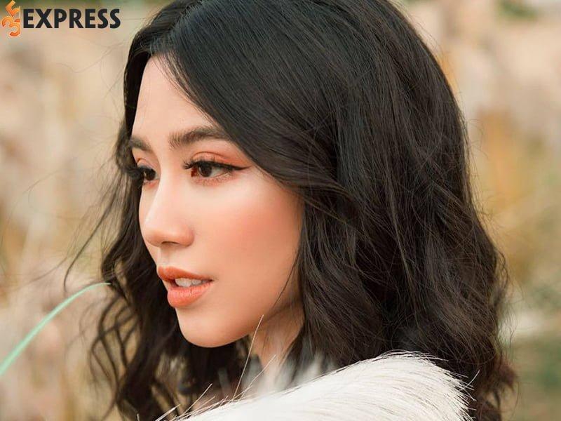 hot-girl-linh-miu-la-ai-35express