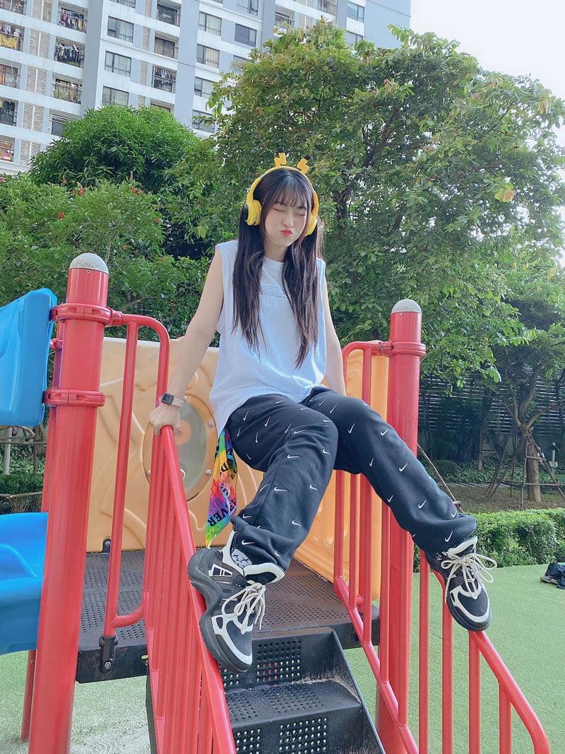 hinh-anh-cua-hotgirl-le-bong-6-35express.jpg