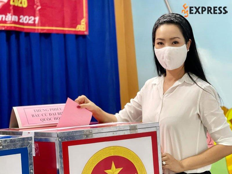 trinh-kim-chi-nam-trong-danh-sach-ung-cu-hoi-nhan-dan-tphcm-nhiem-ky-2021-2026-35express