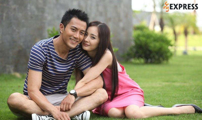 nam-giu-tinh-yeu-2012-holding-love-35express