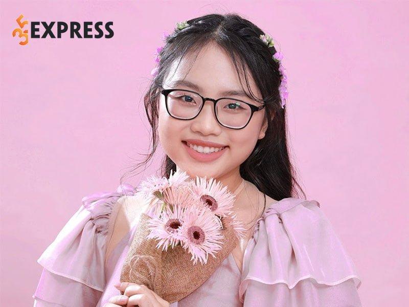 phuong-my-chi-la-ai-2-35express