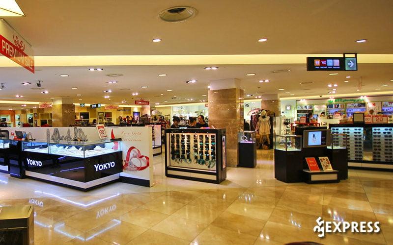 diamond-department-store-35express