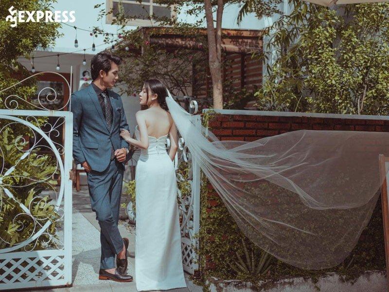 jessica-bridal-and-make-up-dia-chi-thue-vay-cuoi-chat-luong-35express