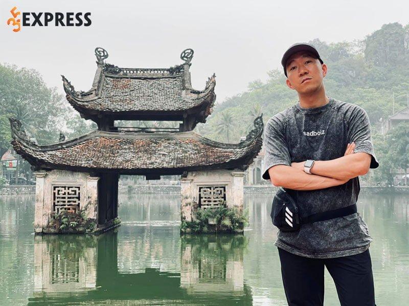 le-hoang-nam-du-da-lam-bo-nhung-van-con-doc-than-35express