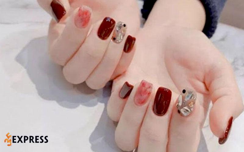 nail-oanh-le-35express
