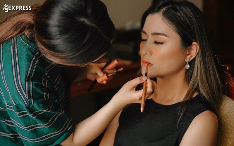 nam-ksor-makeup-35express
