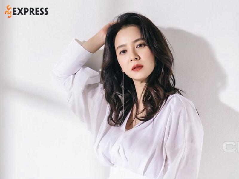 nhung-hinh-anh-dep-cua-song-ji-hyo-35express