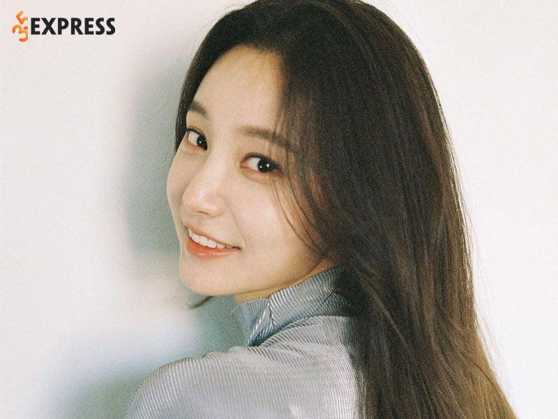 nhung-hinh-anh-dep-cua-yeonwoo-2-35express