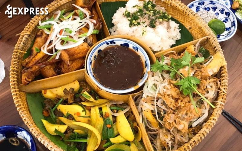 quan-phuong-ga-len-met-com-lam-35express