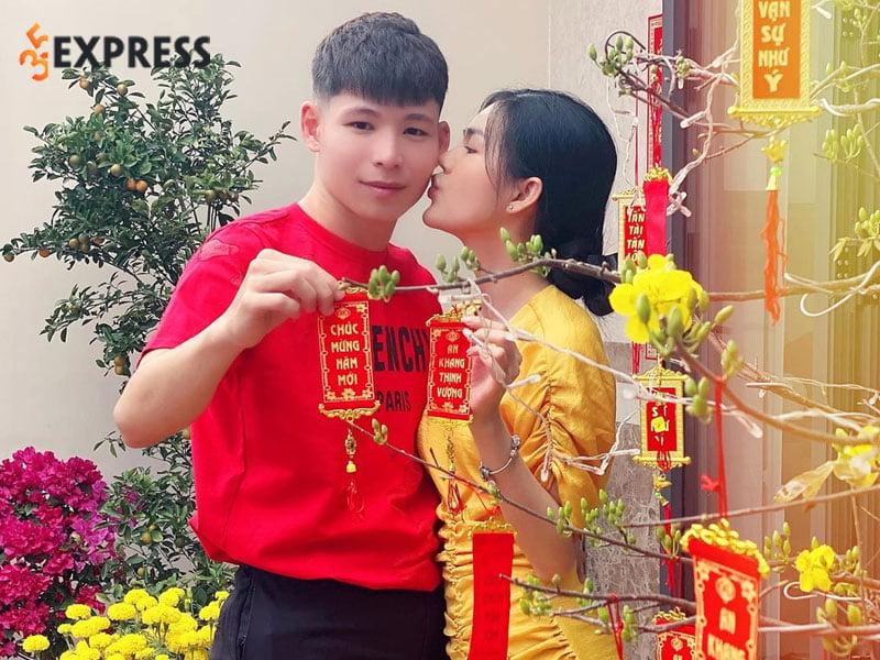 scandal-lieu-quang-vinh-cam-sung-voi-ban-gai-le-ngoc-trinh-2-35express