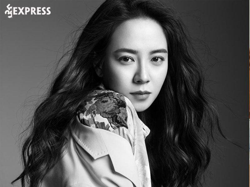su-nghiep-cua-mo-ngo-song-ji-hyo-35express