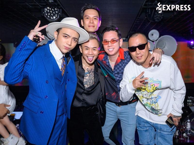 su-nghiep-len-nhu-dieu-gap-gio-cua-rapper-tai-nang-andree-1-35express