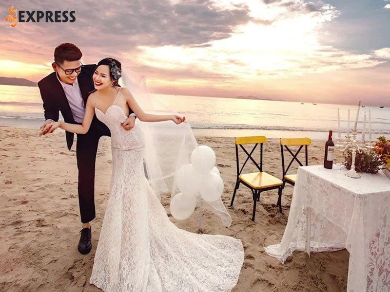 thue-vay-cuoi-da-nang-duy-wedding-1-35express