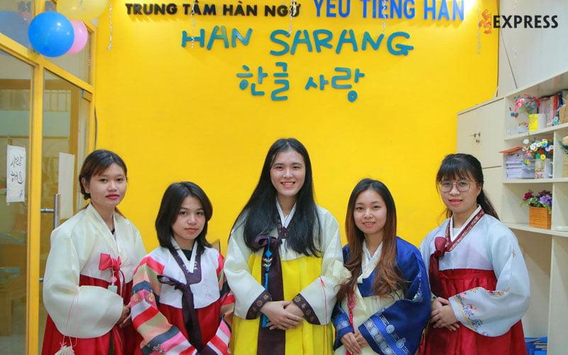 trung-tam-tieng-han-han-sarang-35express