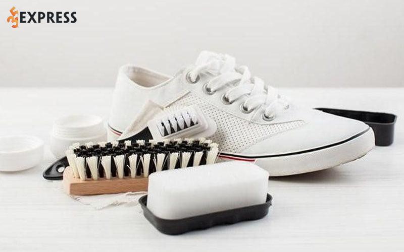 ve-sinh-giay-sneaker-bb-35express
