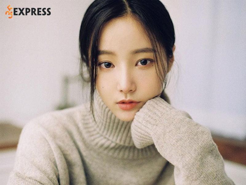yeonwoo-tung-bi-co-lap-truoc-khi-roi-nhom-momoland-35express