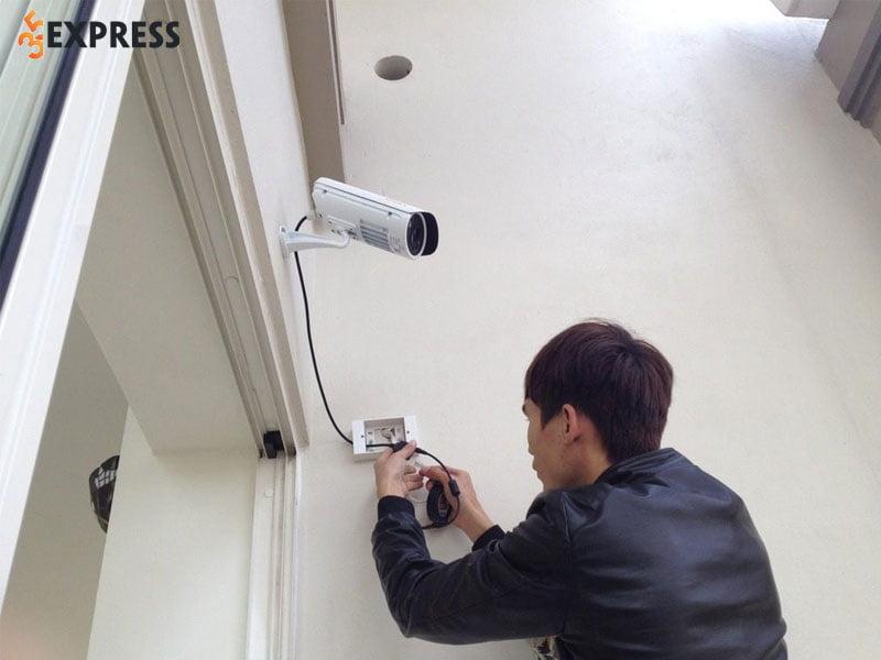 camera-phong-lan-lap-camera-tai-bao-lam-uy-tin-gia-re-35express