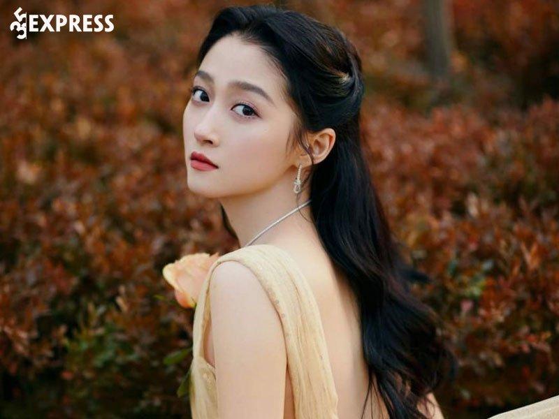 doi-tu-trong-sach-cua-quan-hieu-dong-35express