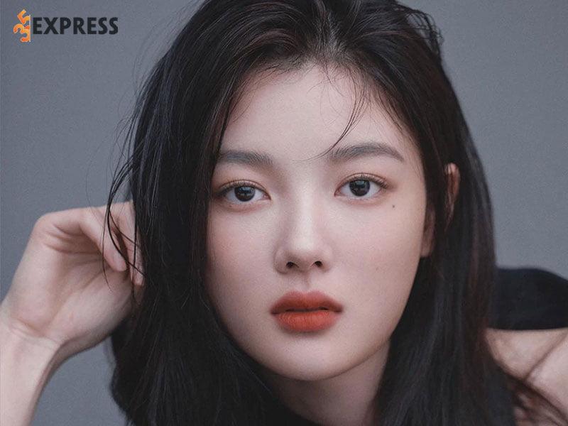 kim-yoo-jung-la-ai-1-35express
