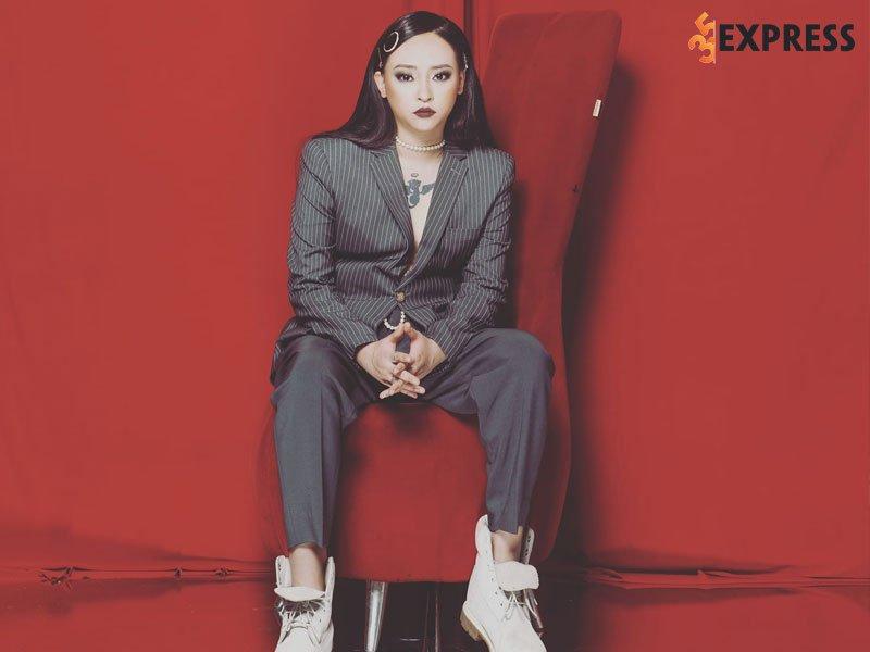 kimmese-cong-khai-ban-than-la-song-tinh-35express