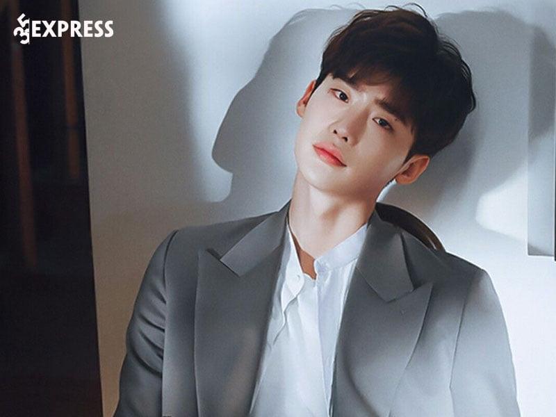 lee-jong-suk-la-ai-1-35express