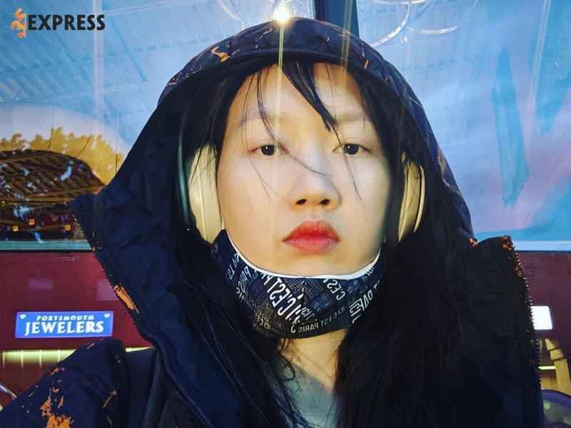 su-cuon-hut-cua-hanas-lexis-trong-moi-video-1-35express