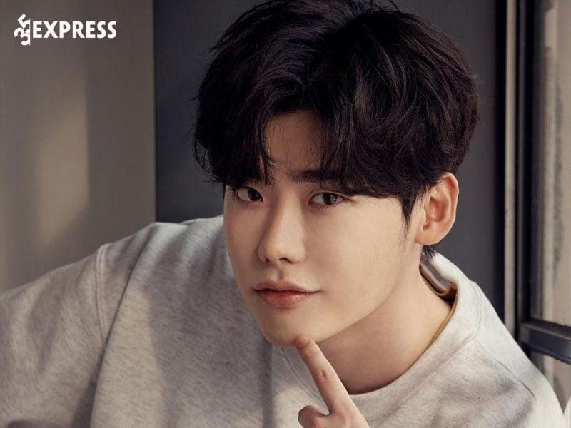 su-nghiep-cua-nam-than-man-anh-lee-jong-suk-35express